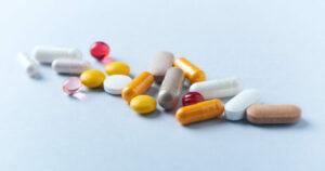 Farmaci equivalenti ancora poco utilizzati in Italia: le resistenze del mercato e la diffidenza dei cittadini